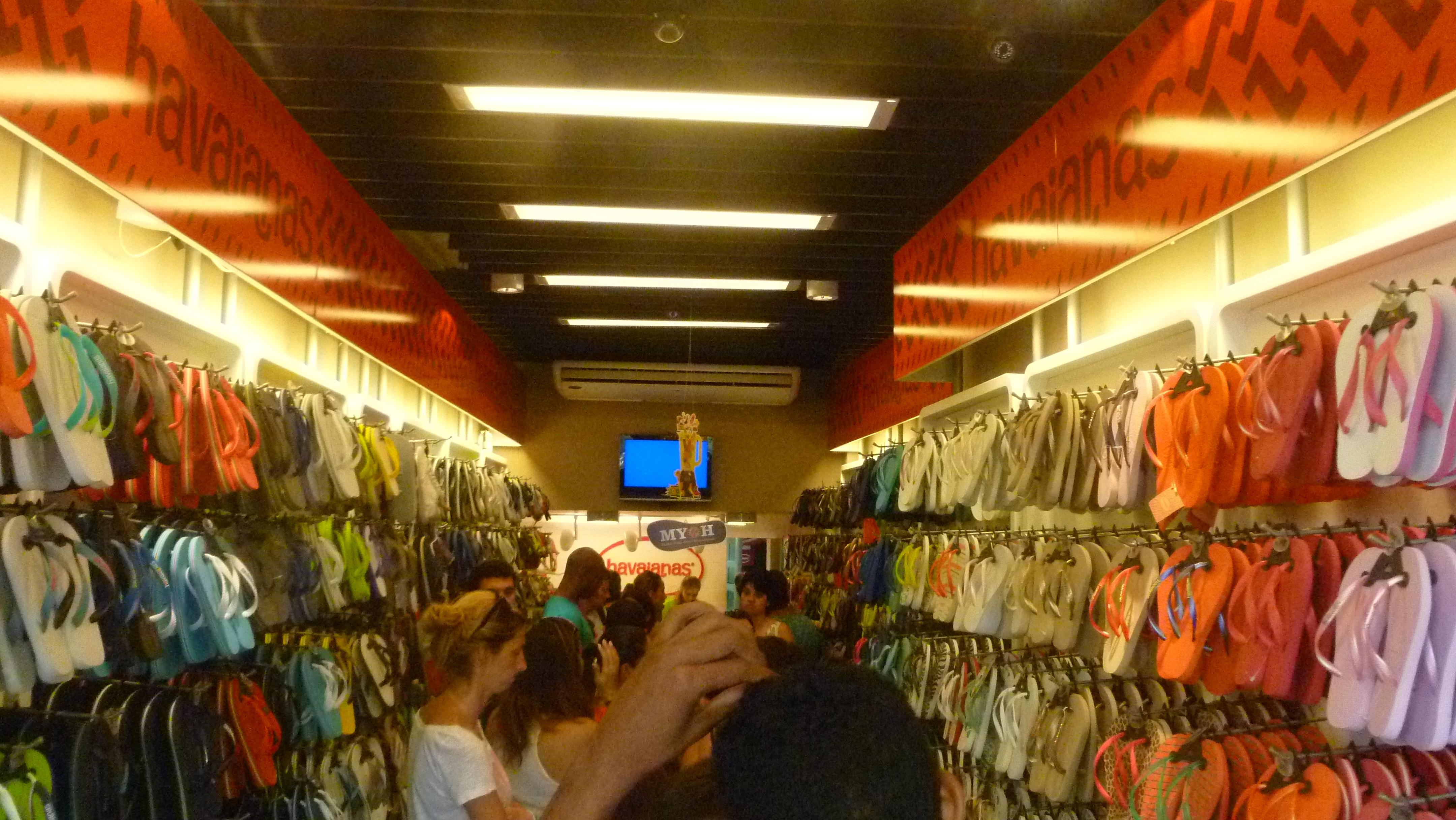 havaianas store in rio